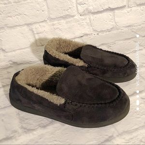 Like New Airwalk Fleece Lined Slipper Loafers Mocs